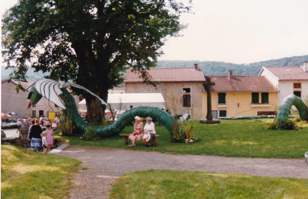 Fête de la Petite Montagne 1997 VIllechantria - La vouivre et le tilleul