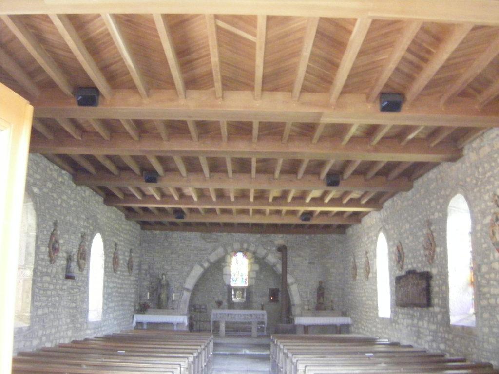 Intérieur de l'église de Villechantria
